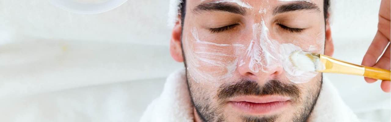 Faciales Para Hombres Exigentes - Spa At Home